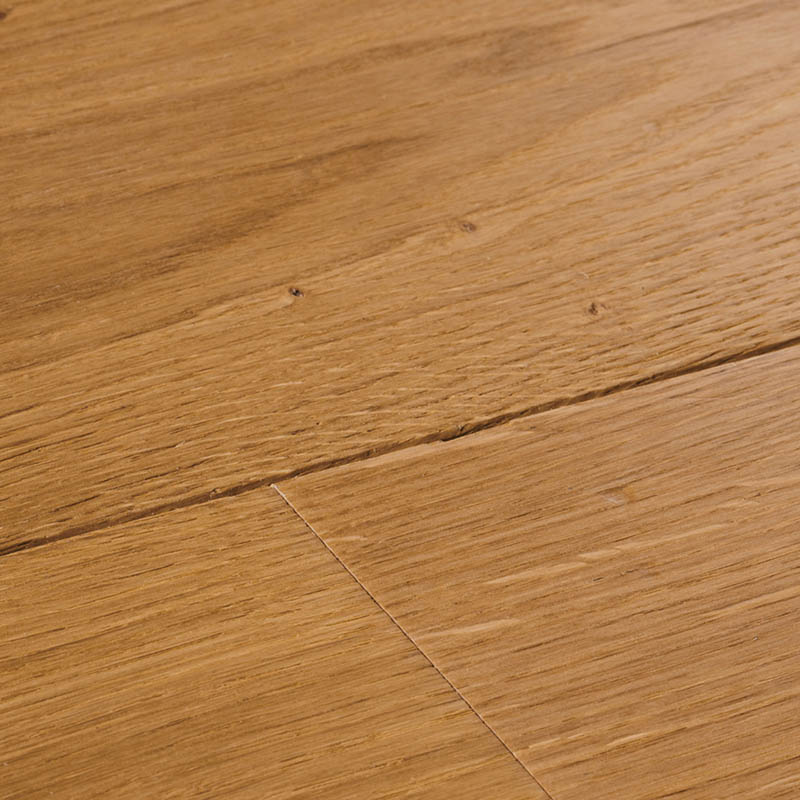 Chepstow Distressed Natural Oak